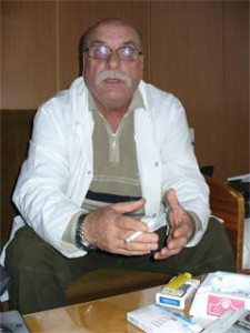 Д-р Александър Сивиков също лежи в ареста с тъста на Плевнелиев