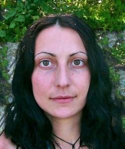Силвия се завърна в тежко психическо състояние от сектантски събор
