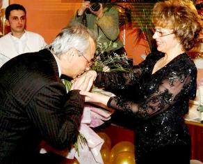 Явно Валерия Велева пак е стоплила отношенията си с Ахмед Доган