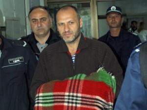 При ареста Иван Славков си взе одеяло от вкъщи