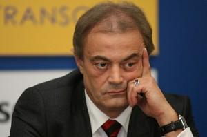 Досегашният кмет на Варна Кирил Йорданов ще се изправи на втори тур срещу аптекарския бос Марешки