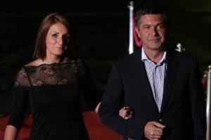 Милен Цветков се сгоди за приятелката си Ивета Гоцова след хиляди перипетии