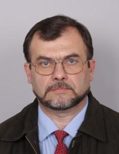 Момчил Добрев