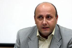 Шефът на ГДБОП Станимир Флоров остана без любимия си джип