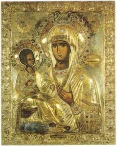 Богородица Троеручица в Орешака също помага