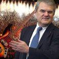 Румен Петков свирел на бас китара