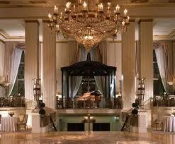 Хотел Астория в Манхатън