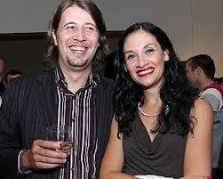 Мариана Попова и Ханес