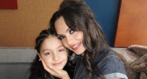 Лияна с дъщеря си