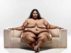 дебел модел
