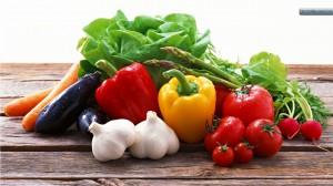 Зеленчуците и плодовете намаляват вредата от тютюнопушене