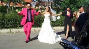 Софи Маринова мечтае за сватба, ама няма