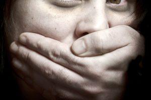 Изнасилена 12 пъти за 7 часа