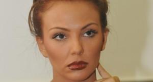 Николета Лозанова