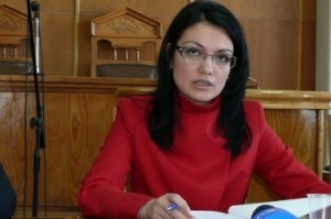 Ася Петрова иска да излови търговците на гласове