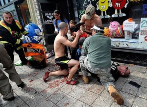 Снимки от взривовете в Бостън