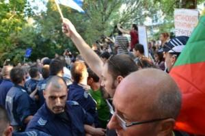протест и контрапротест