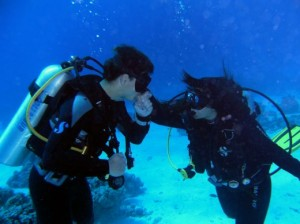 сватба море под вода