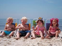 деца на плаж