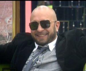 Мишо вратовръзка