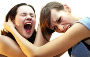 агресия жени