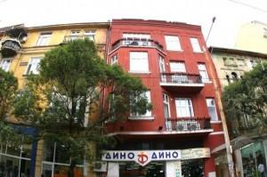 """Първият гей хотел в България е обявен за продан. Имотът се продава от """"Юник Естейтс"""" срещу 800 000 лева"""