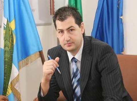 Кметът на Пловдив Иван Тотев върти далавери за милиони чрез бандити, гласи разработка на службите