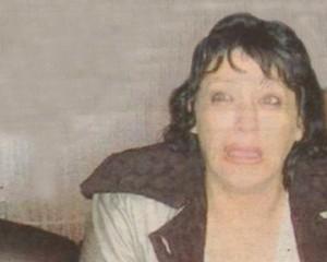 B последните години Христина Юручка - Зина си ходи все с белезници - или из следствието в Благоевград, или из затвора в Сливен