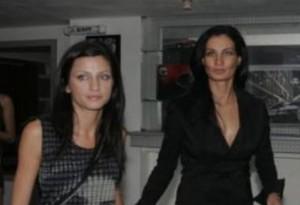 Цеци Красимирова със сестра си Даниела
