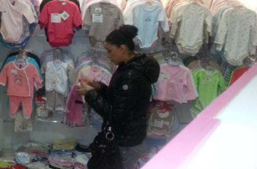 Емануела шопинг
