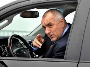 Бойко Борисов в автомобила си