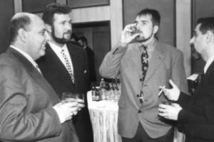 Борисов пие в компанията на Пашата и Венци Стефанов