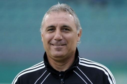 Христо Стоичков вдигна ръце от футбола у нас и замина да си гледа кефа в Маями
