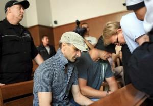 Николай Станков и Кирил Кирилов в съдебната зала, преди да бъдат освободени от магистратите