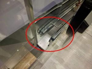 "Ексалатор с дупка между етажите в столичният мол ""Парадайс"""