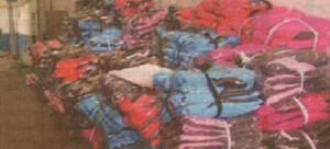 Фалшивите маркови дрехи пристигали с контейнери от Далечния изток