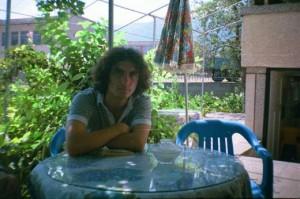 Емо Чолаков на младини- с буйна коса