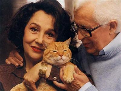 Христо Стефанов със съпругата си Мария бяха заедно от 1964 г. Любопитно е, че актрисата била с фамилия Стефанова и преди женитбата им