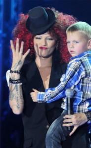 Жана Бергендорф със сина си Лео