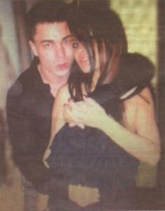Това е единствената снимка на дясната ръка наТаки – Кирчо Руския.Тук мафиотът е гушнал съпругата си - певицата Джорджиа, с която в момента е в развод