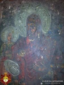 Лопушанската Богородица с Младенеца