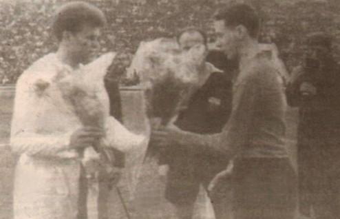 Петър Величков (вляво) - един от най-големите таланти на българския футбол за всички времена