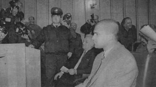 Тодор Славков като обвиняем в процеса за изнасилването на Мила Гешева. Внукът на бай Тошо бе оправдан от съда след 10-годишна сага
