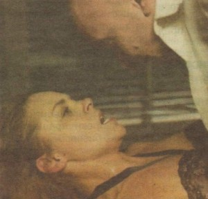Секс сцената със Захари Бахаров превърна актрисата в новата любимка на зрителите