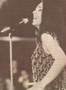 """1969 г. Йорданка Христова представя няколко нови песни на """"Златният Орфей"""", една от които е """"Янтра"""""""
