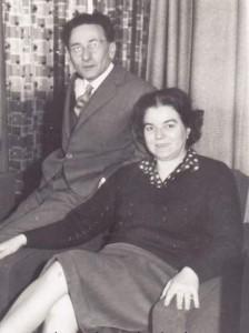 Емилиян Станев и съпругата му Надежда