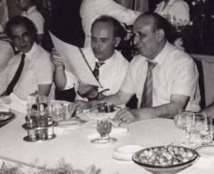 Джагаров (първият вляво) е смятан за любим поет на Тодор Живков, а той го издига до вицепрезидент