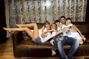 Мишо Младжов се грижеше за децата й доскоро, сега това прави биологичният им баща Весо Парцала