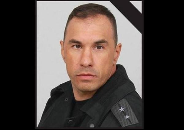 Емил Шарков полицай