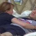 Рут прегръща Любо